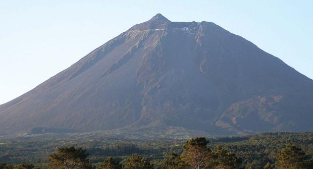 Parque Natural encerra preventivamente acesso à Montanha do Pico