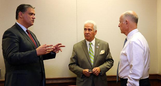 Vasco Cordeiro encontrou-se com o Governador da Califórnia
