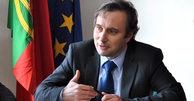 Parapente terá promoção integrada no âmbito do destino Açores, anuncia Vítor Fraga