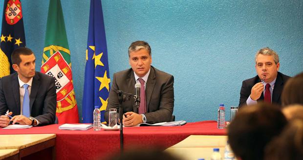 Investimento público aumenta mais de sete por cento em 2015, anuncia Vasco Cordeiro
