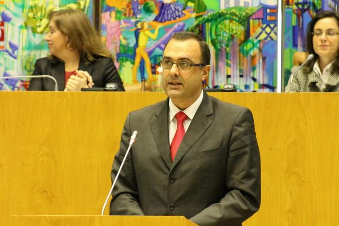 """""""Governo dos Açores tem estratégia adequada para atenuar impacto do fim das quotas leiteiras"""" defendeu Duarte Moreira"""