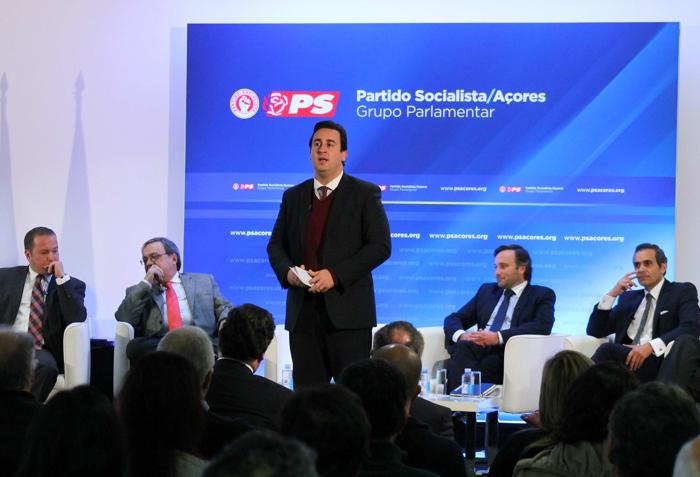 """""""Todos devem contribuir para debate sério e esclarecedor sobre Obrigações de Serviço Público"""", defende Berto Messias"""
