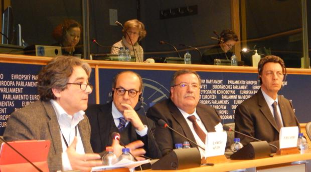 Comissão Europeia deve assumir e acautelar consequências do fim das quotas, reitera Serrão Santos