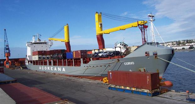 Governo manifesta estranheza perante anúncio de greve dos trabalhadores dos portos dos Açores