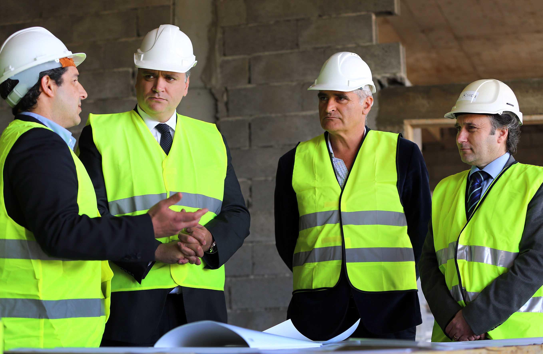 Vasco Cordeiro anuncia novo impulso ao setor da construção civil