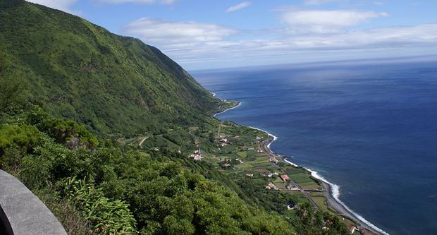 Rede de Reservas da Biosfera em Ilhas e Zonas Costeiras deu apoio unânime à candidatura das Fajãs de S. Jorge