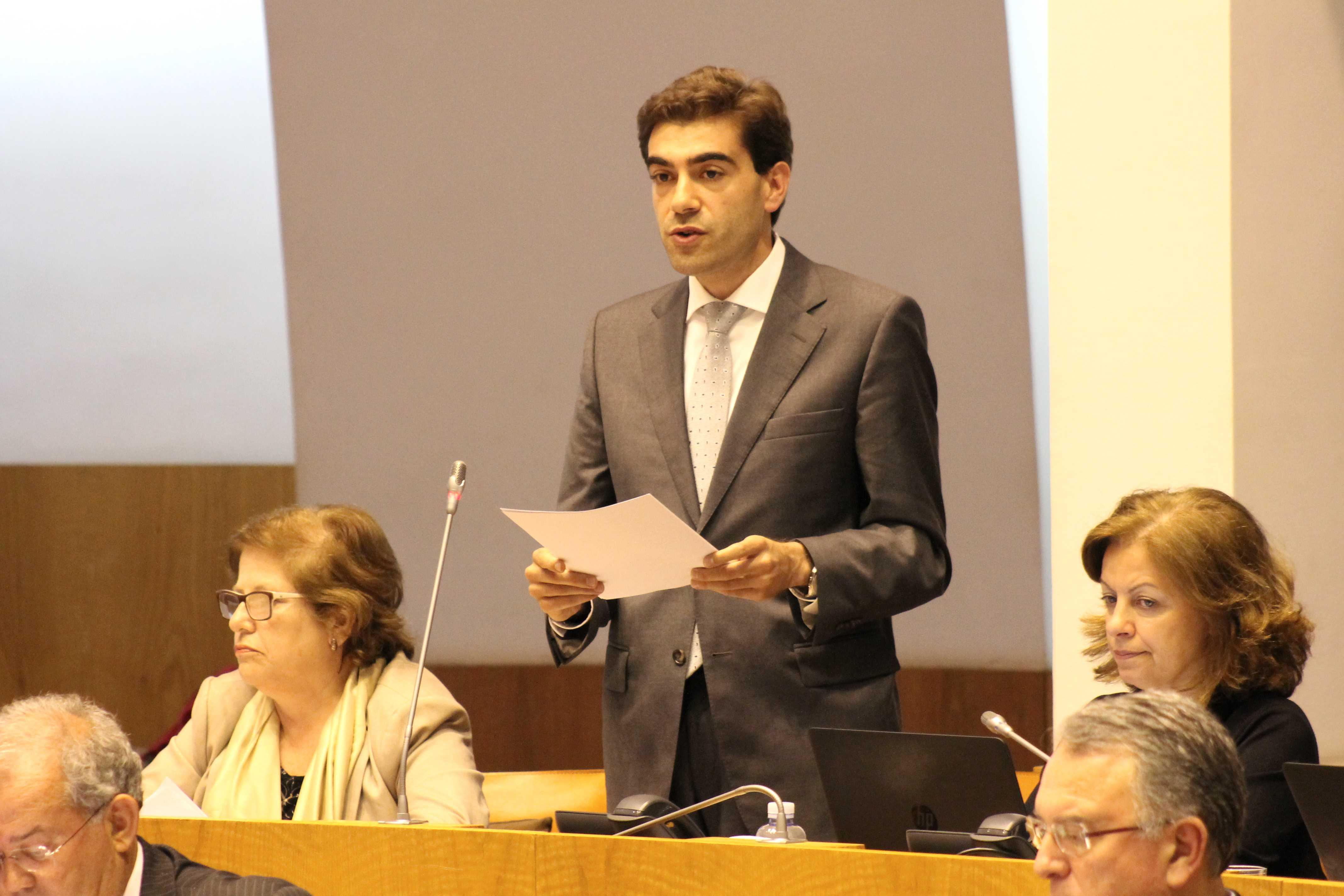 """""""Escolas da Região têm condições muitas vezes invejáveis"""", salientou Nuno Meneses"""