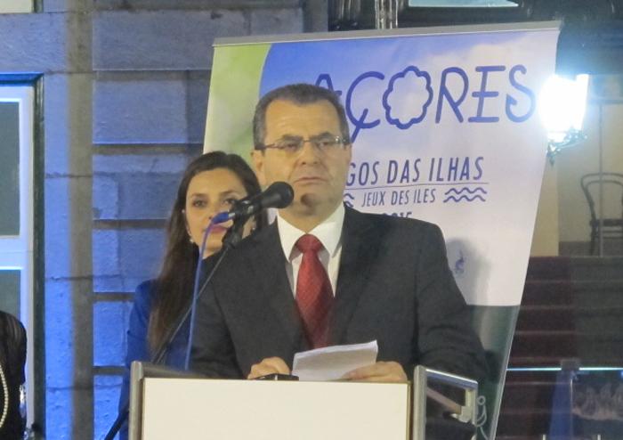 """Avelino Meneses afirma que é no desporto que melhor se realiza o """"consórcio"""" entre os seres humanos em torno de um propósito comum"""