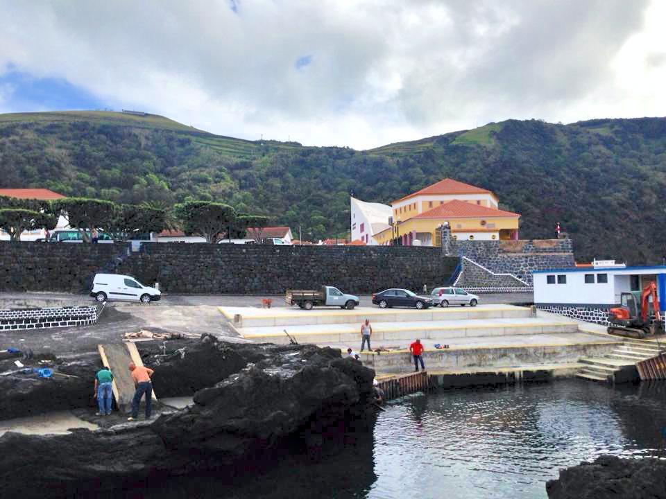 Dia 1 de junho marca arranque da época balnear: Das três zonas balneares da Vila das Velas, apenas Poça dos Frades abre oficialmente hoje (c/áudio)