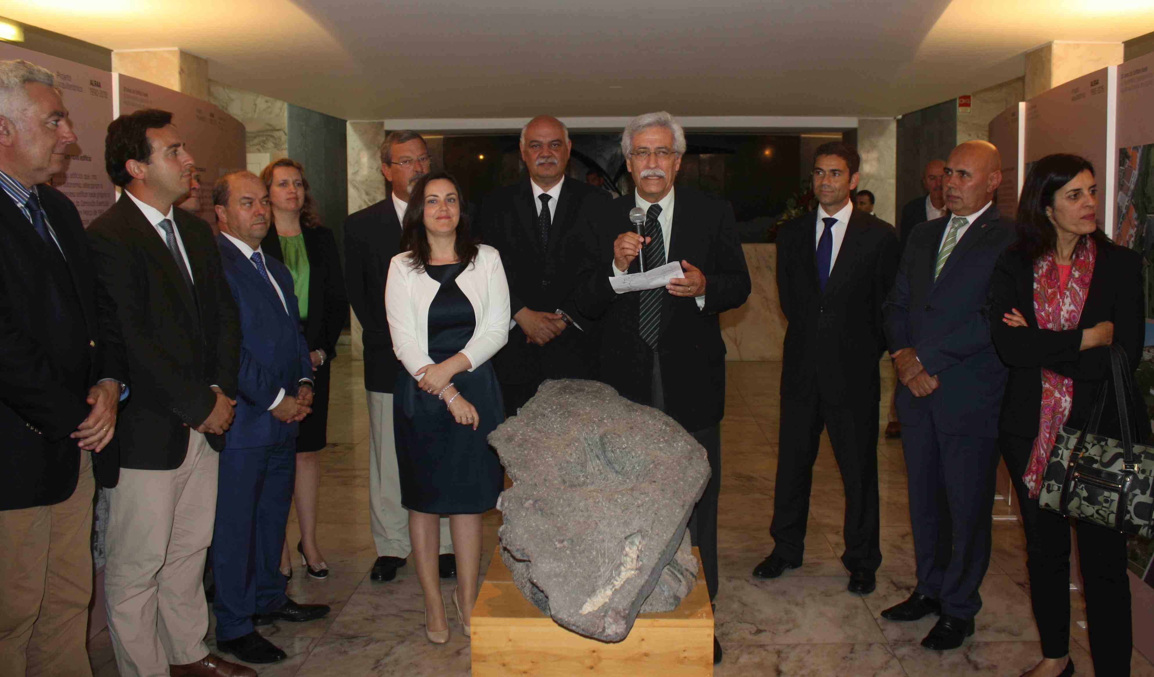 Presidente da ALRAA preside à sessão evocativa dos 25 anos da inauguração do Parlamento açoriano