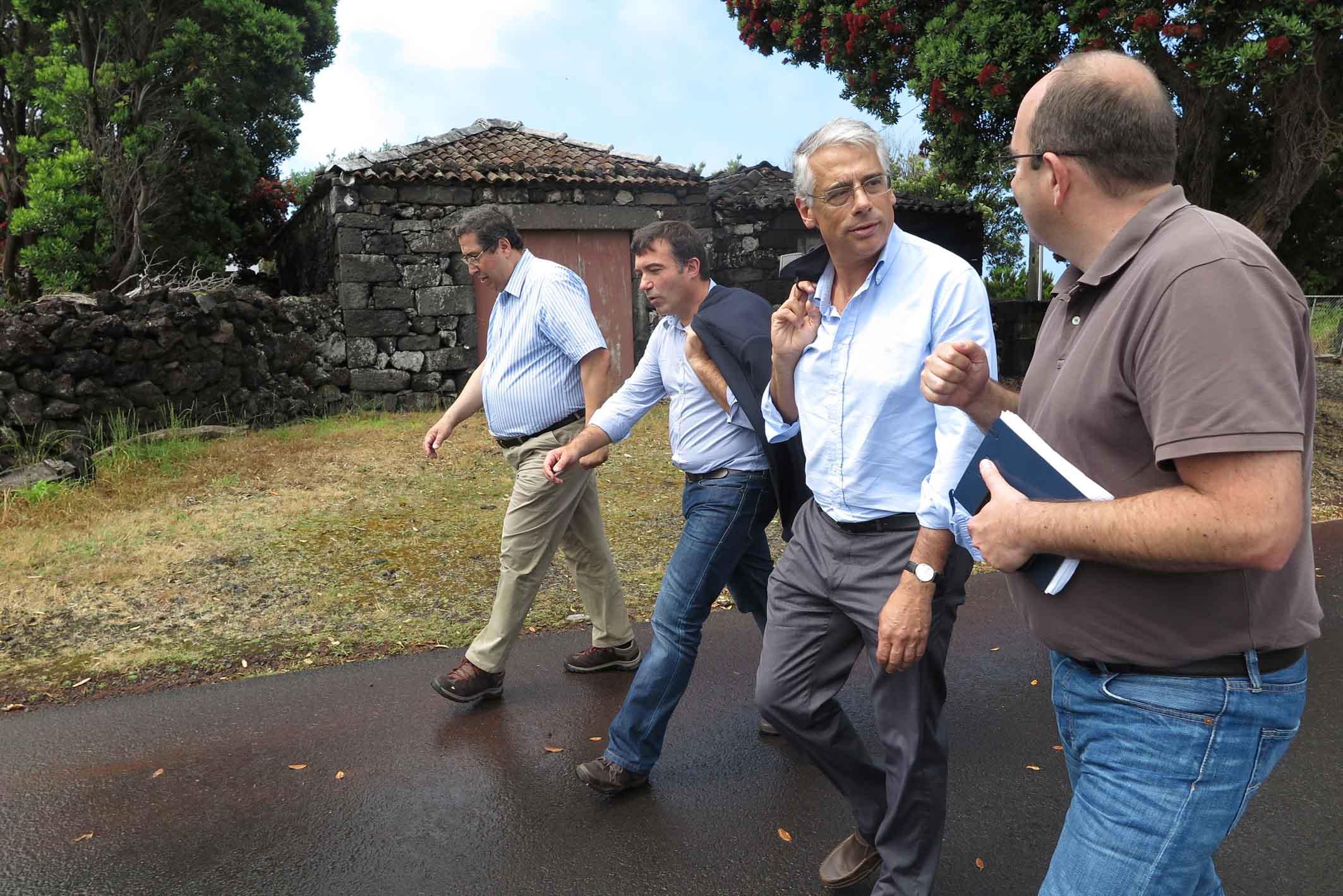 Aposta na oferta qualificada de trilhos valoriza os Açores como Destino de Natureza, afirma Luís Neto Viveiros