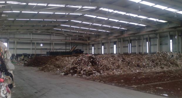 Centro de Processamento de Resíduos de S.Jorge já funciona mas ainda não é feita recolha seletiva do lixo na ilha (c/áudio)
