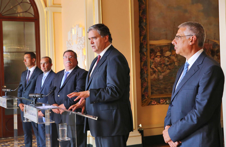 Nova linha de crédito vai reforçar competitividade das explorações agrícolas, afirma Vasco Cordeiro