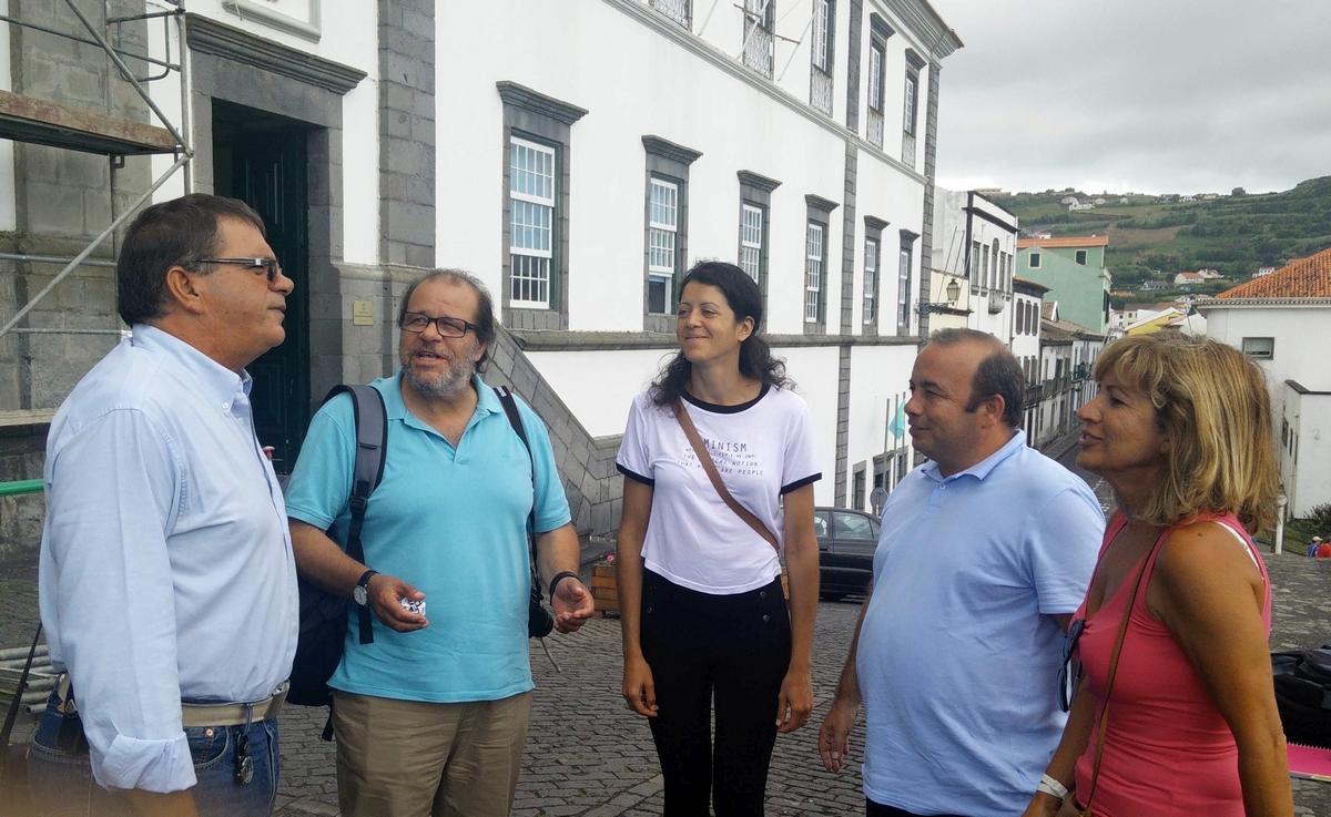 PS e PSD devem assumir responsabilidades de problemas dos transportes aéreos, considera Aníbal Pires
