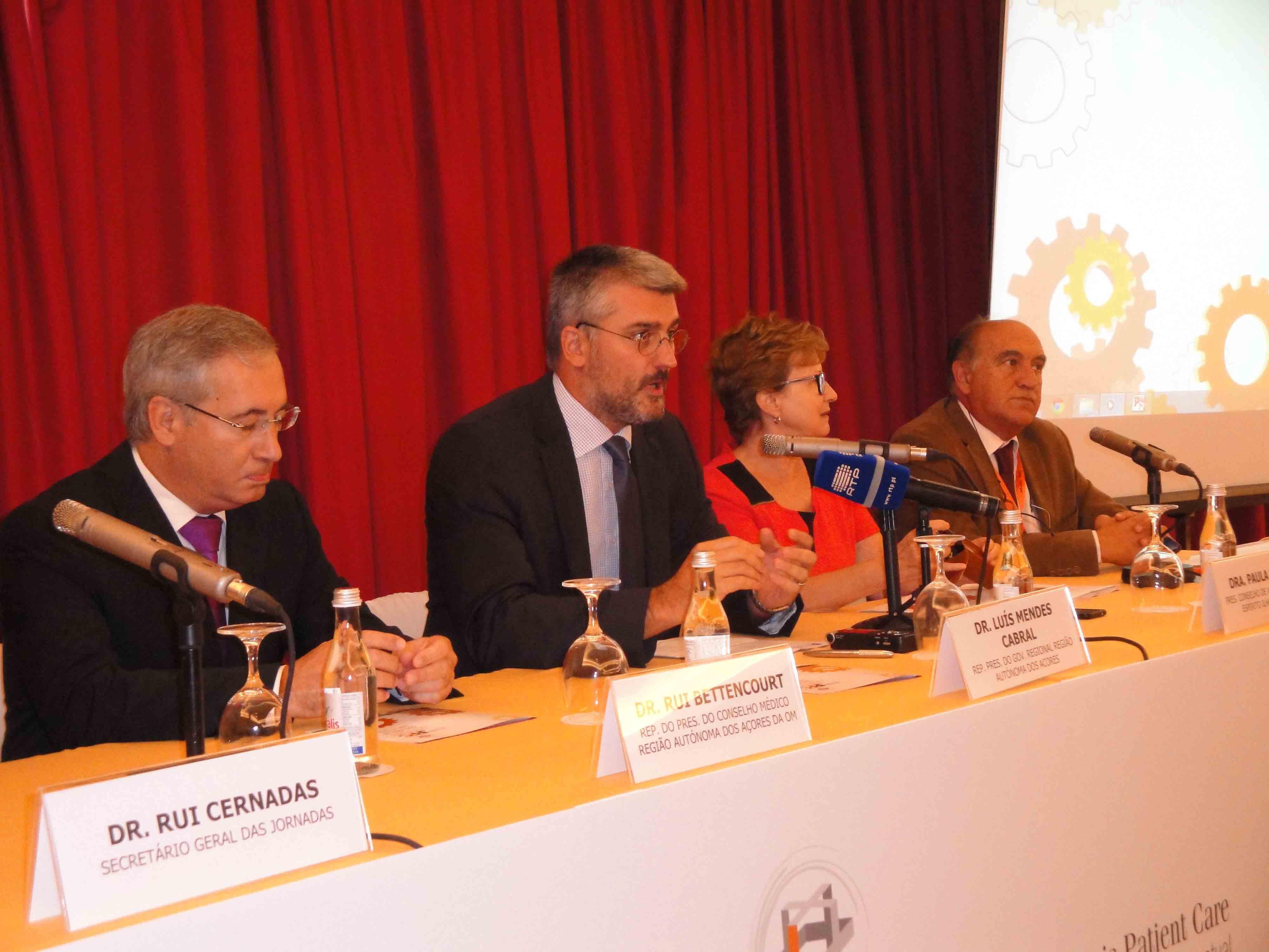 Investimento nos cuidados paliativos contribui para a melhoria dos indicadores de saúde dos Açorianos, afirma Luís Cabral