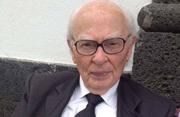 Centenário Ermelindo Ávila publica novo livro