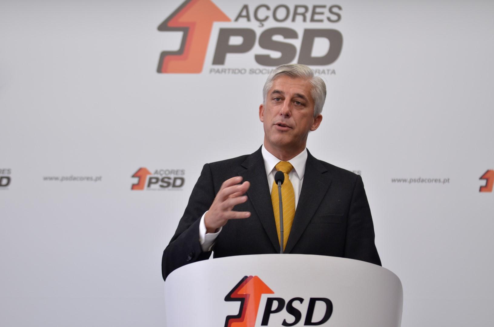 """PSD/Açores quer acabar com """"modelo de gestão socialista que está a destruir a SATA"""""""