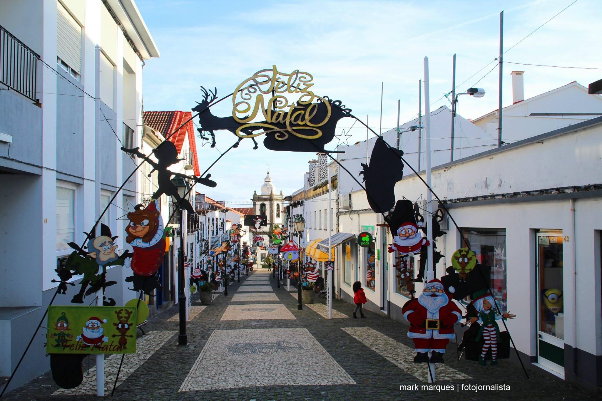 Dia das Montras nas Velas com boa adesão da população e com decoração especial para os mais novos (c/áudio)