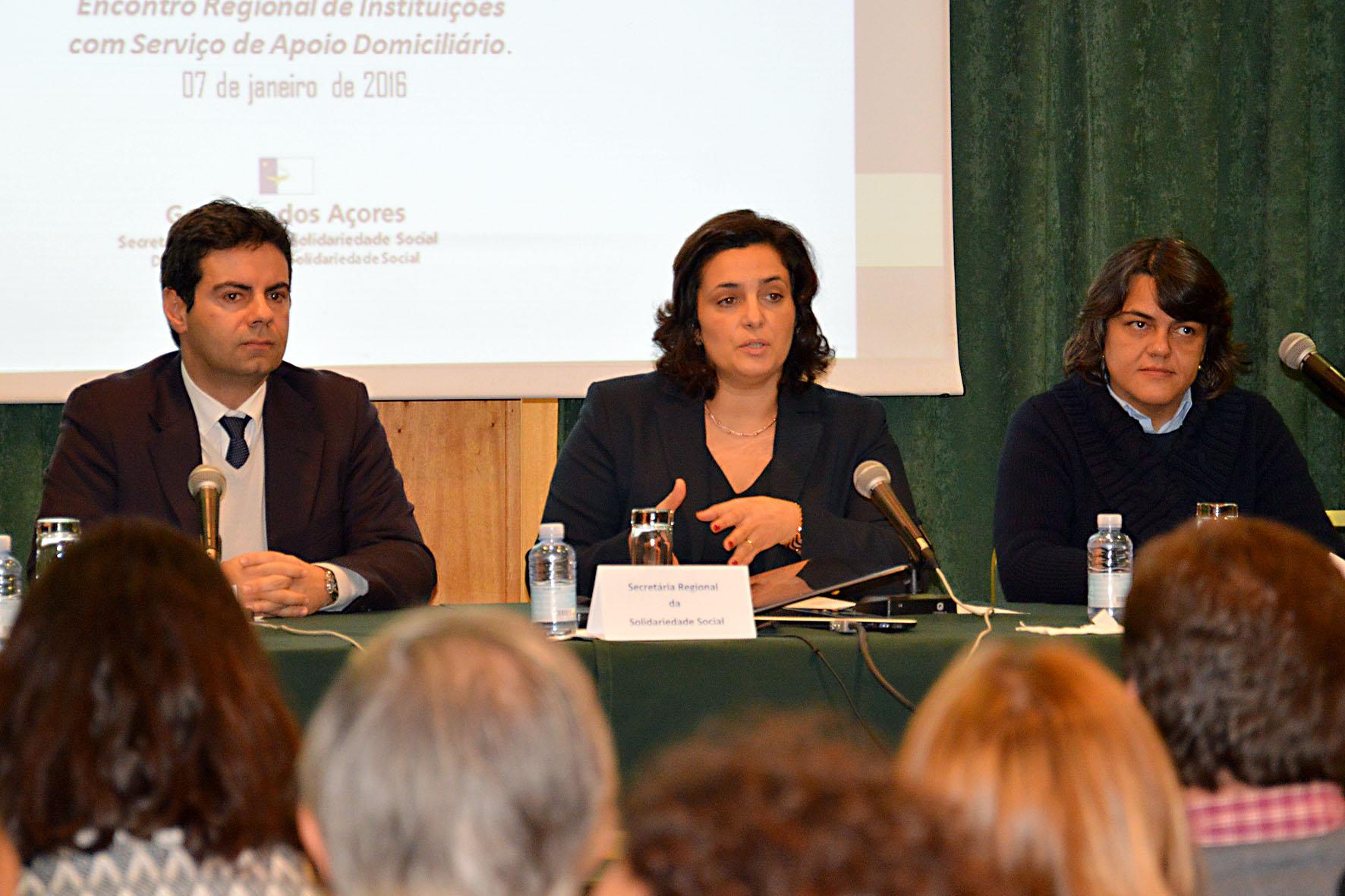 Governo dos Açores considera fundamental apoiar o cuidador informal, afirma Andreia Cardoso