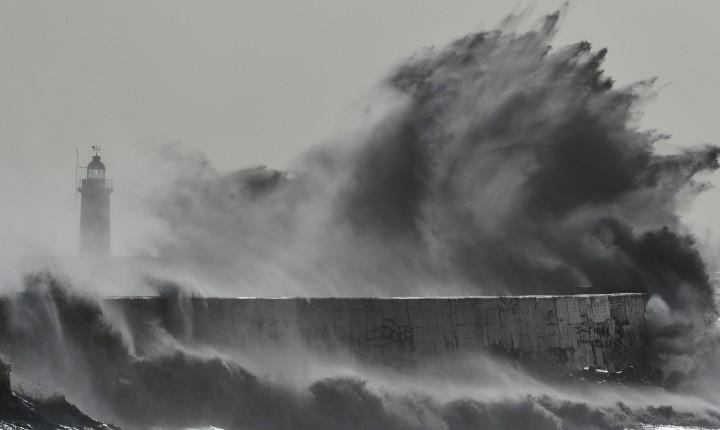 Proteção Civil alerta para agravamento da previsão do estado do tempo nos grupos Central e Oriental dos Açores