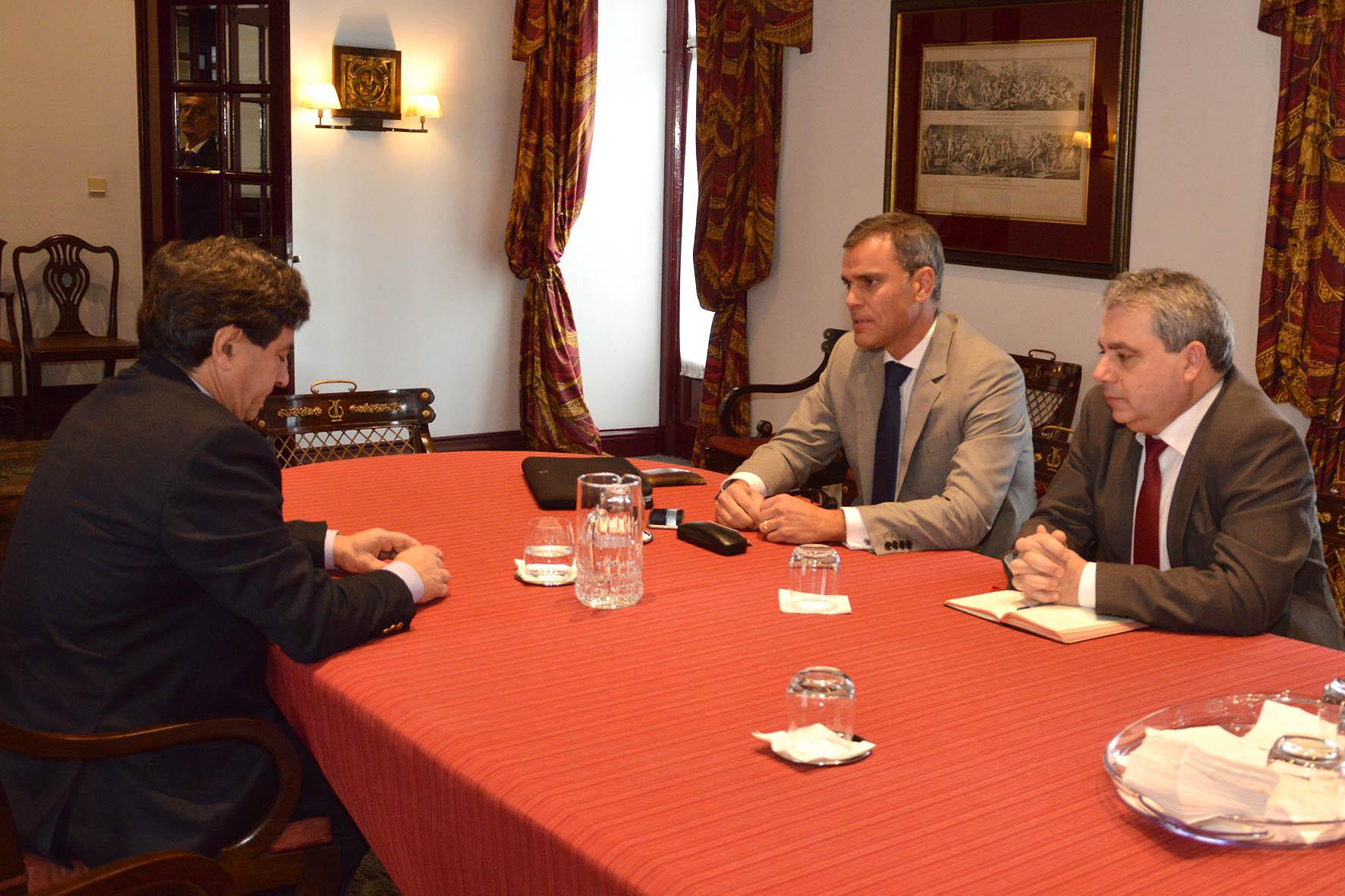 É possível reforçar substancialmente as exportações açorianas para a Madeira, afirma Sérgio Ávila