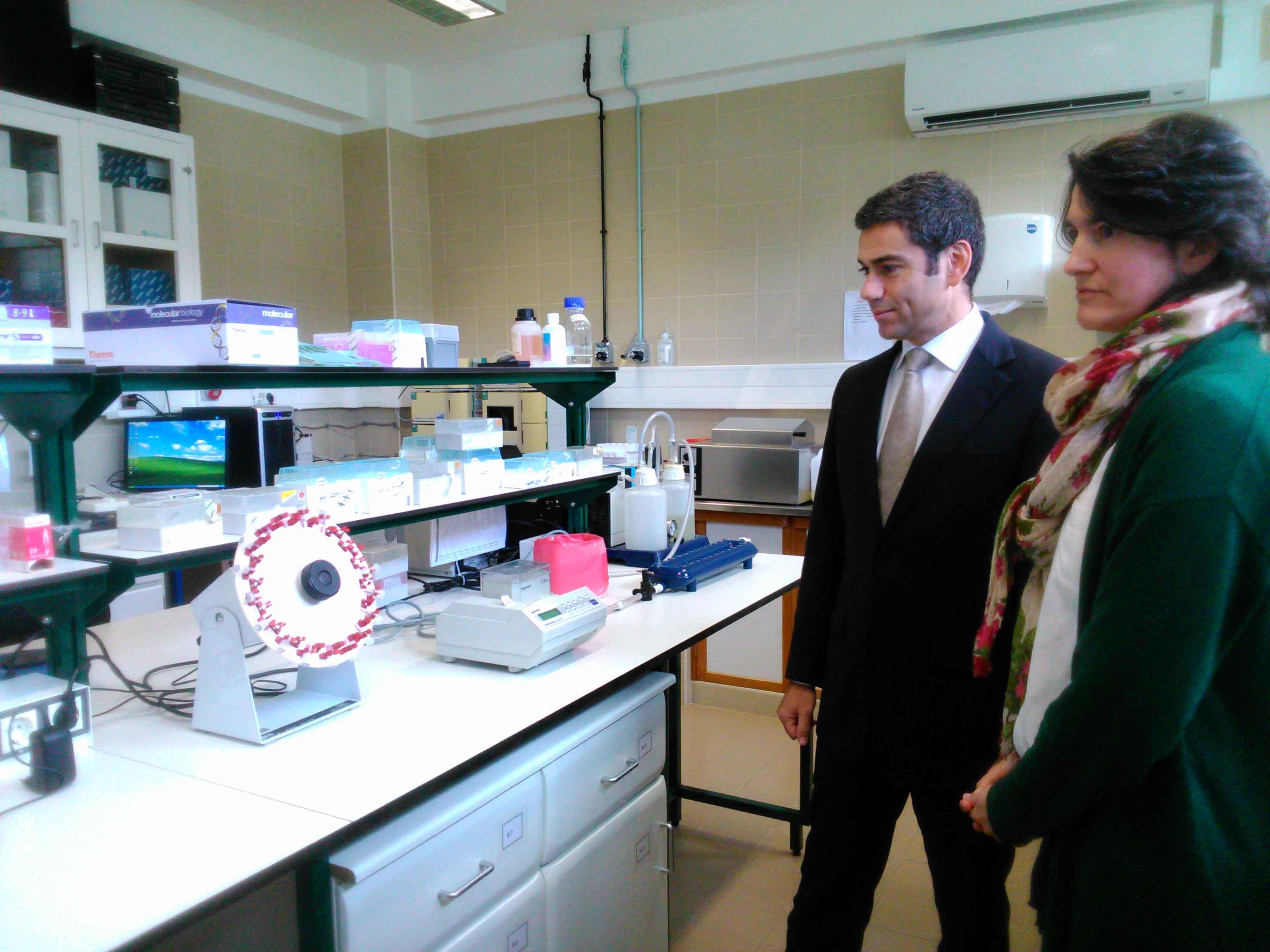 Governo dos Açores apoia funcionamento de centros de investigação científica