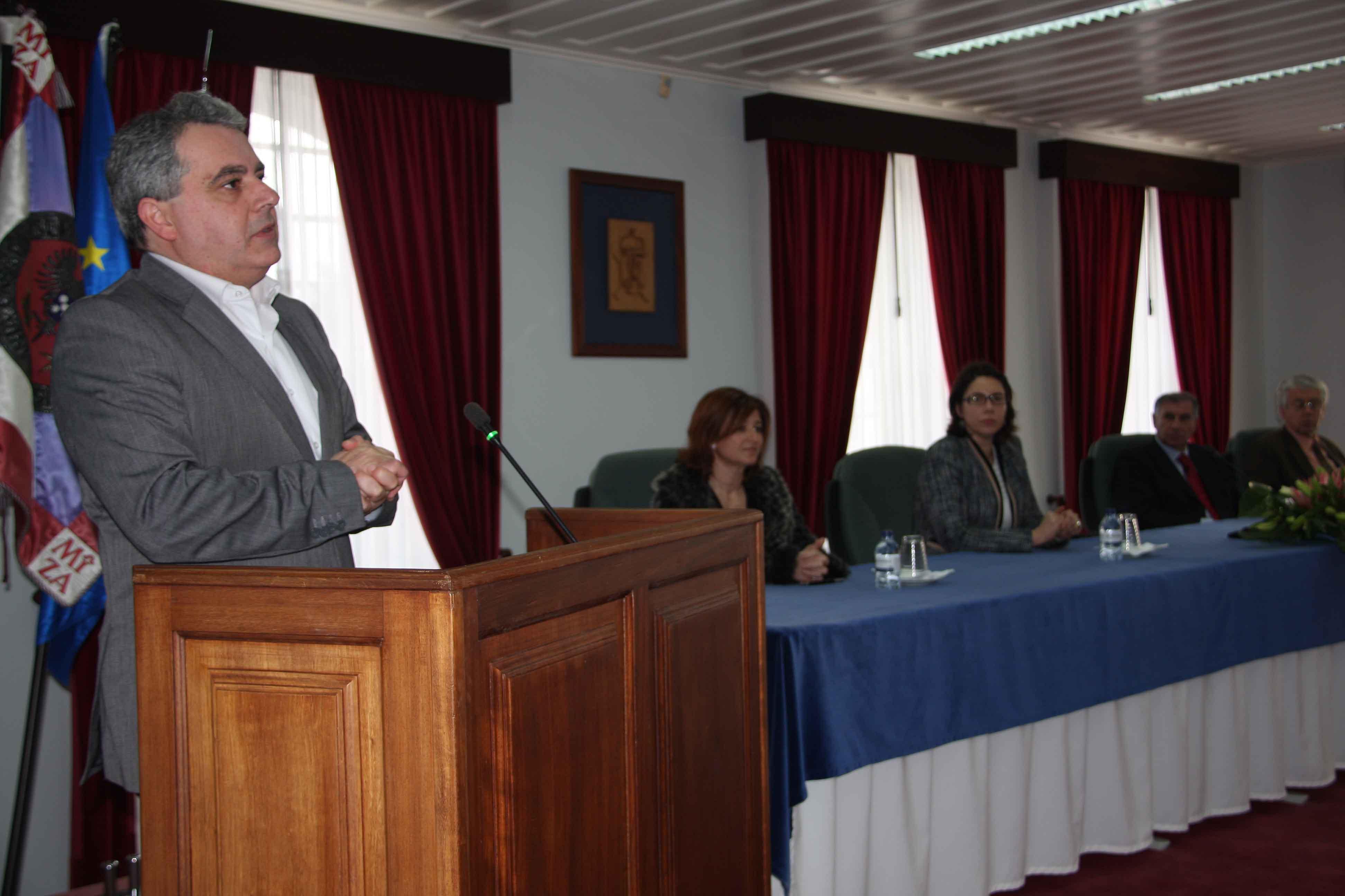 Sérgio Ávila destaca importância do ensino profissional para o sucesso coletivo dos Açorianos