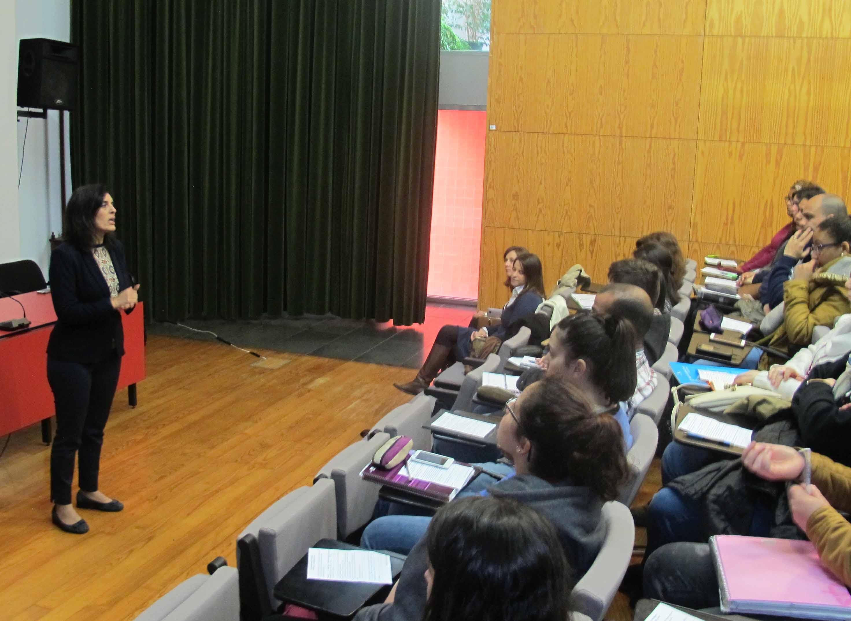"""Programa """"Prepara o Teu Regresso a Casa"""" informa jovens universitários sobre oportunidades no trabalho e nas empresas"""