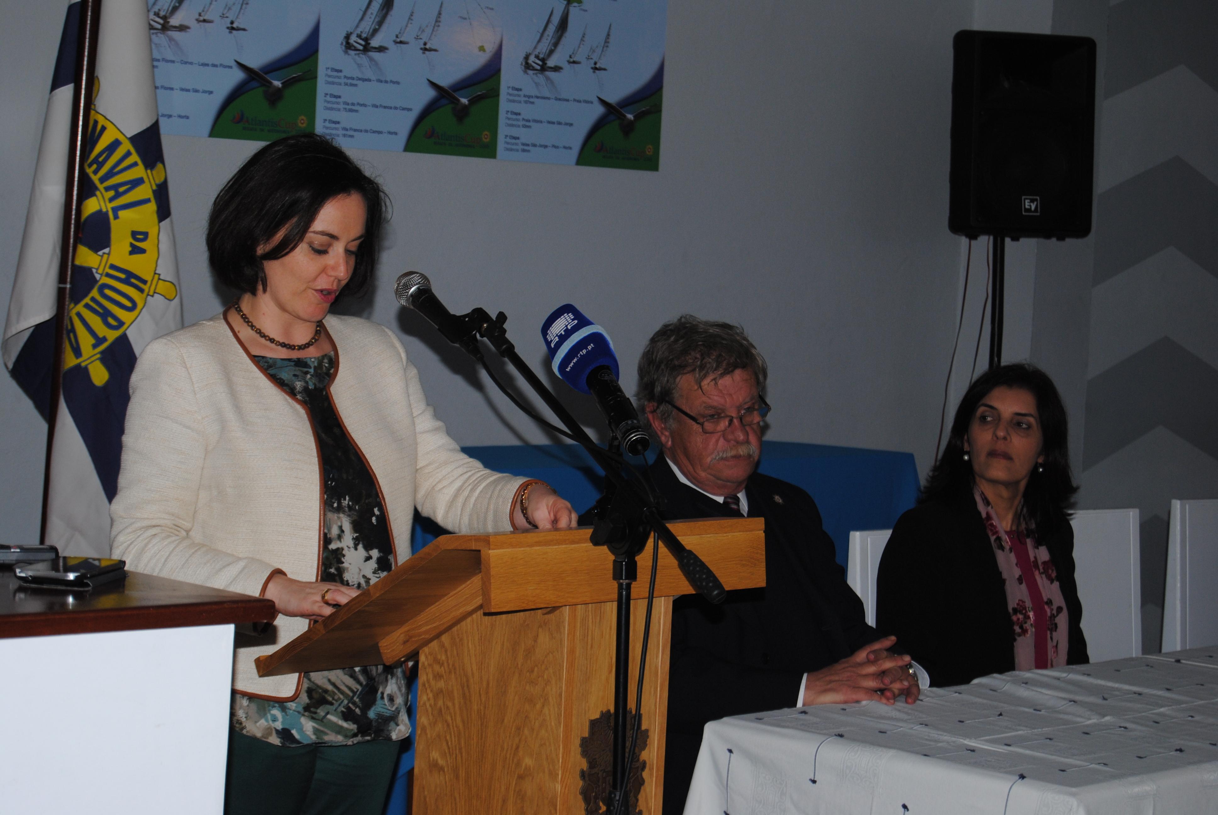 Ana Luísa Luís apela ao envolvimento de toda a sociedade para conquistar o desenvolvimento harmonioso nos Açores