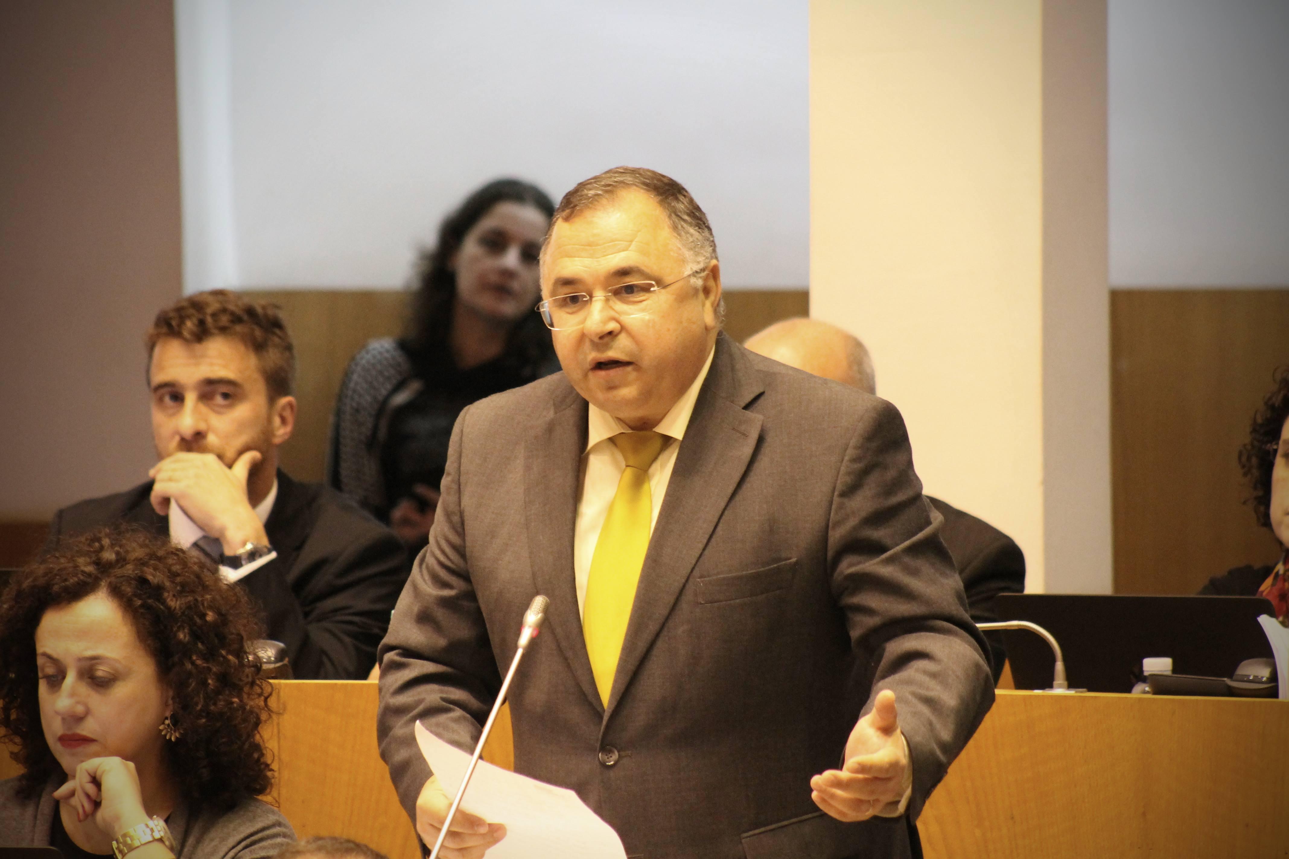 """""""PS orgulha-se do contributo que tem feito para a melhoria do rendimento dos pescadores"""", realçou José Ávila"""