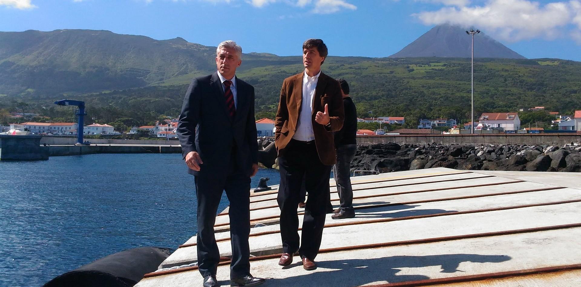 """Obra no porto de São Roque do Pico é """"compromisso pessoal"""" de Duarte Freitas"""