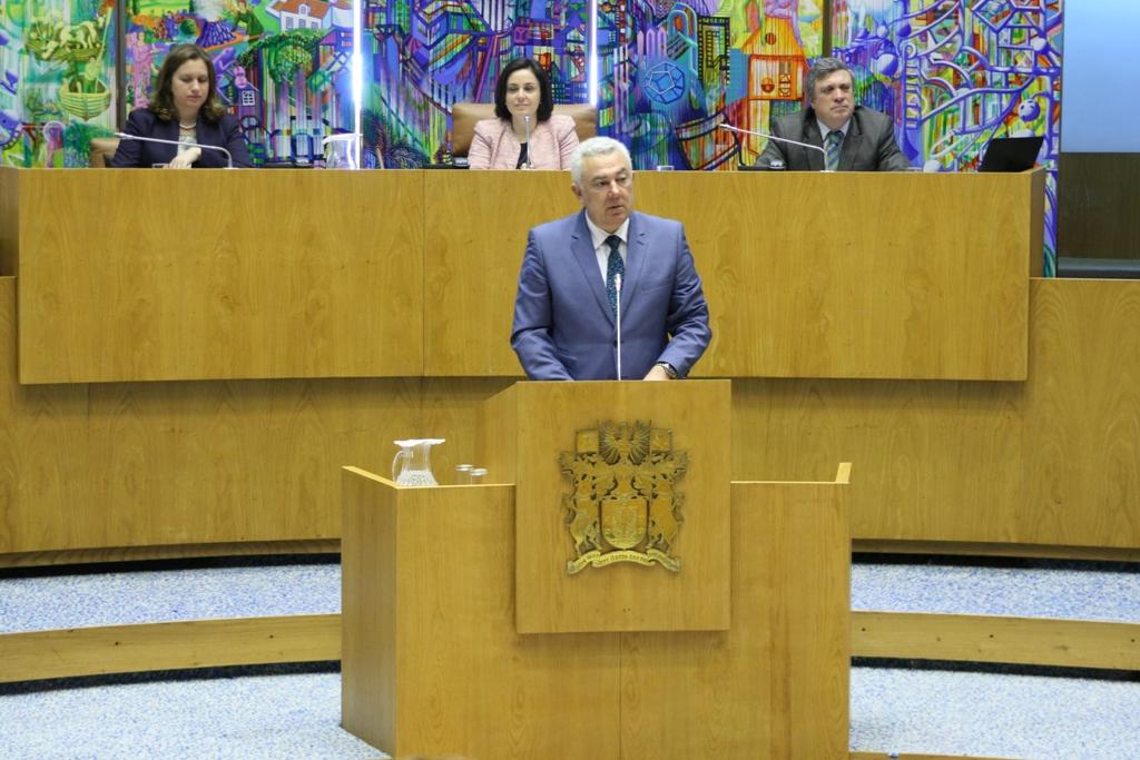 """""""CDS disponível para inverter rumo da educação"""", mas não compactua com """"paixões eleitoralistas"""" do PS, afirma Artur Lima"""