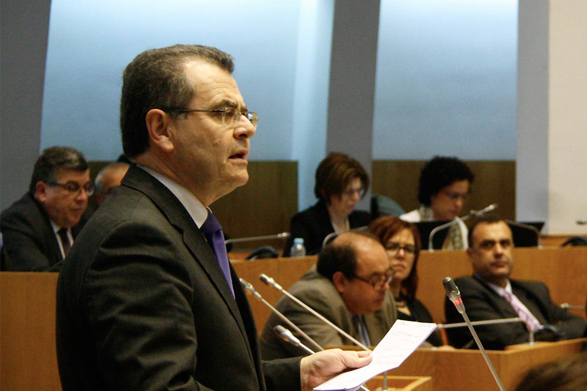 """Avelino Meneses contra desejo de """"alguns partidos da oposição"""" de transformar o Governo Regional num """"verdadeiro mordomo de festividades populares"""""""