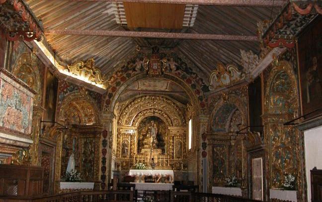 Obras da Igreja de Santa Bárbara, nas Manadas, com algumas surpresas (c/áudio)