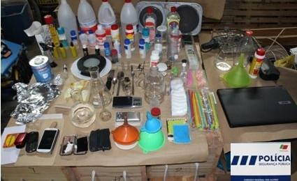 PSP detém 12 indivíduos na Terceira, indiciados na prática do crime de tráfico de estupefacientes