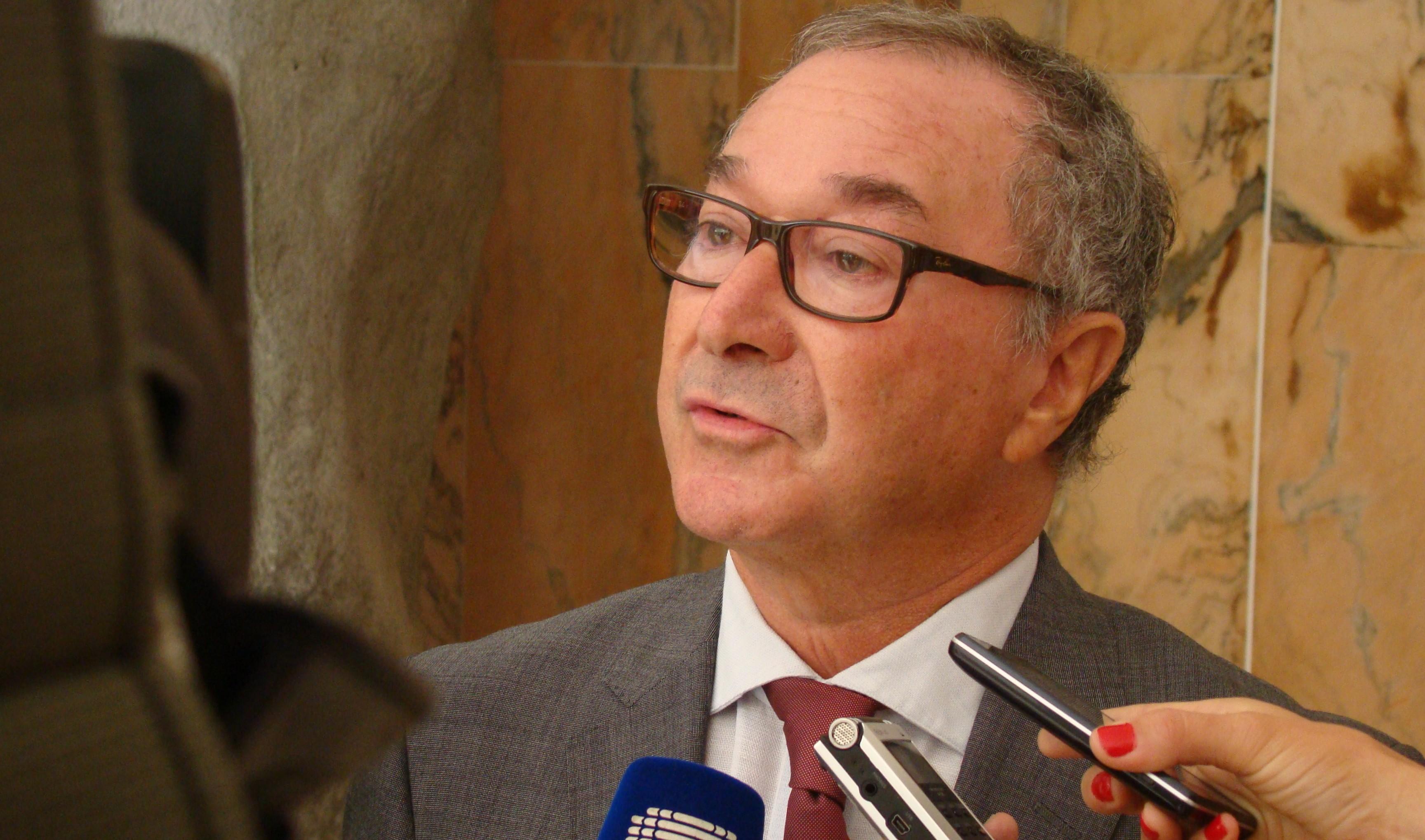 """Falta de """"residência efetiva na região"""" por parte de cidadãos gera elevada abstenção, diz Presidente da CNE (c/áudio)"""