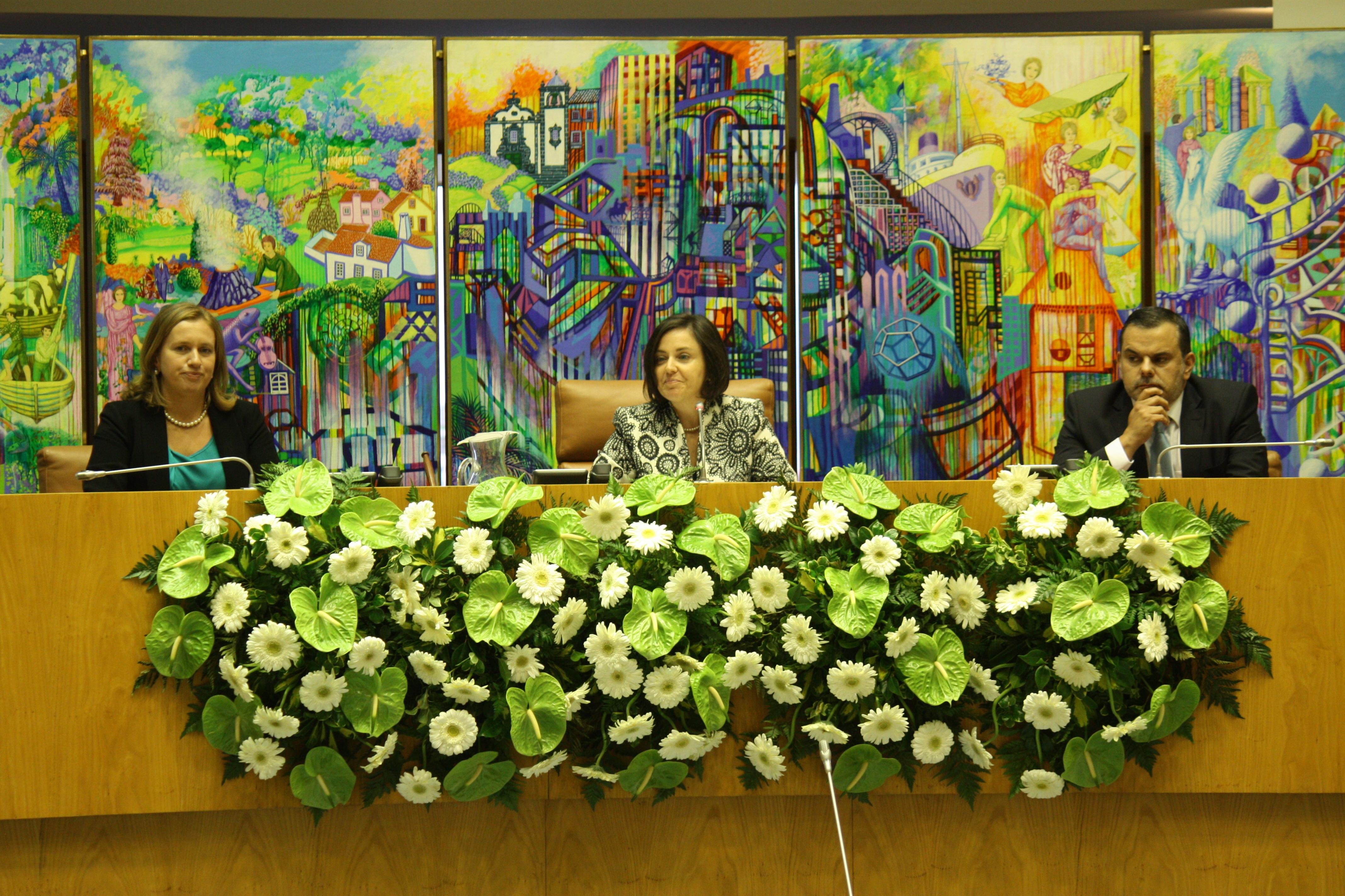 Assembleia Legislativa Regional está constituída – Ana Luís é reeleita para o cargo de Presidente da Assembleia