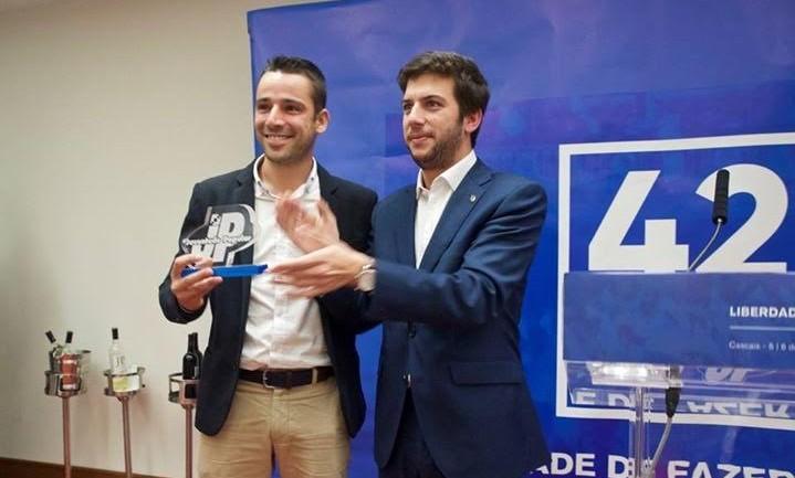 Líder da JP Açores recebe galardão de melhor militante nacional da JP