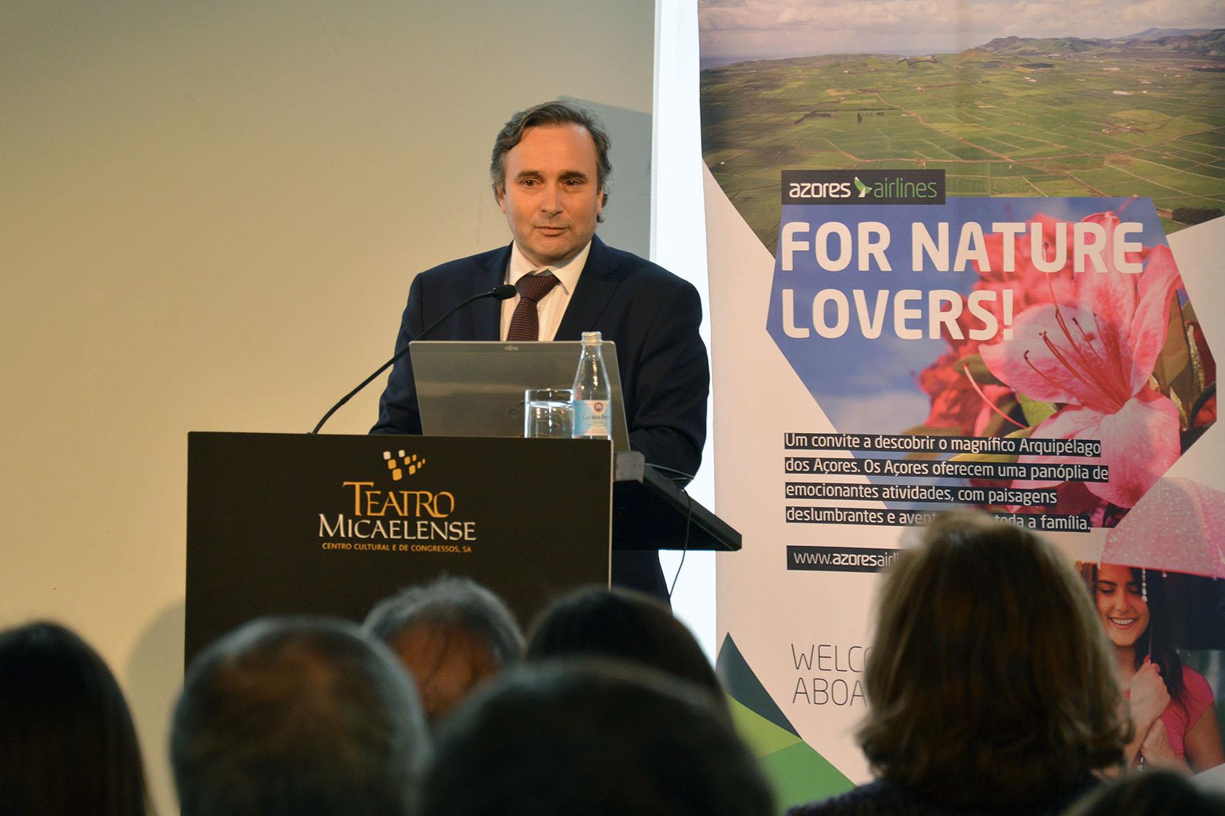 Plano de Exploração da Azores Airlines demonstra claramente o comprometimento da empresa com a Região, afirma Vítor Fraga