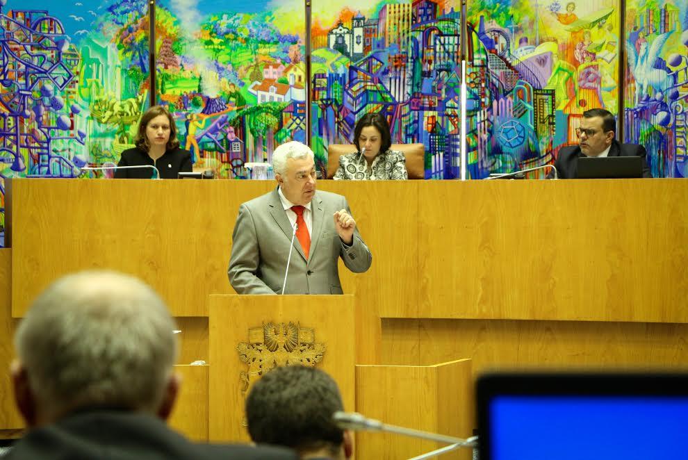 Artur Lima acusa Hospital da Terceira de não dar seguimento a caso de tuberculose por falta de dinheiro