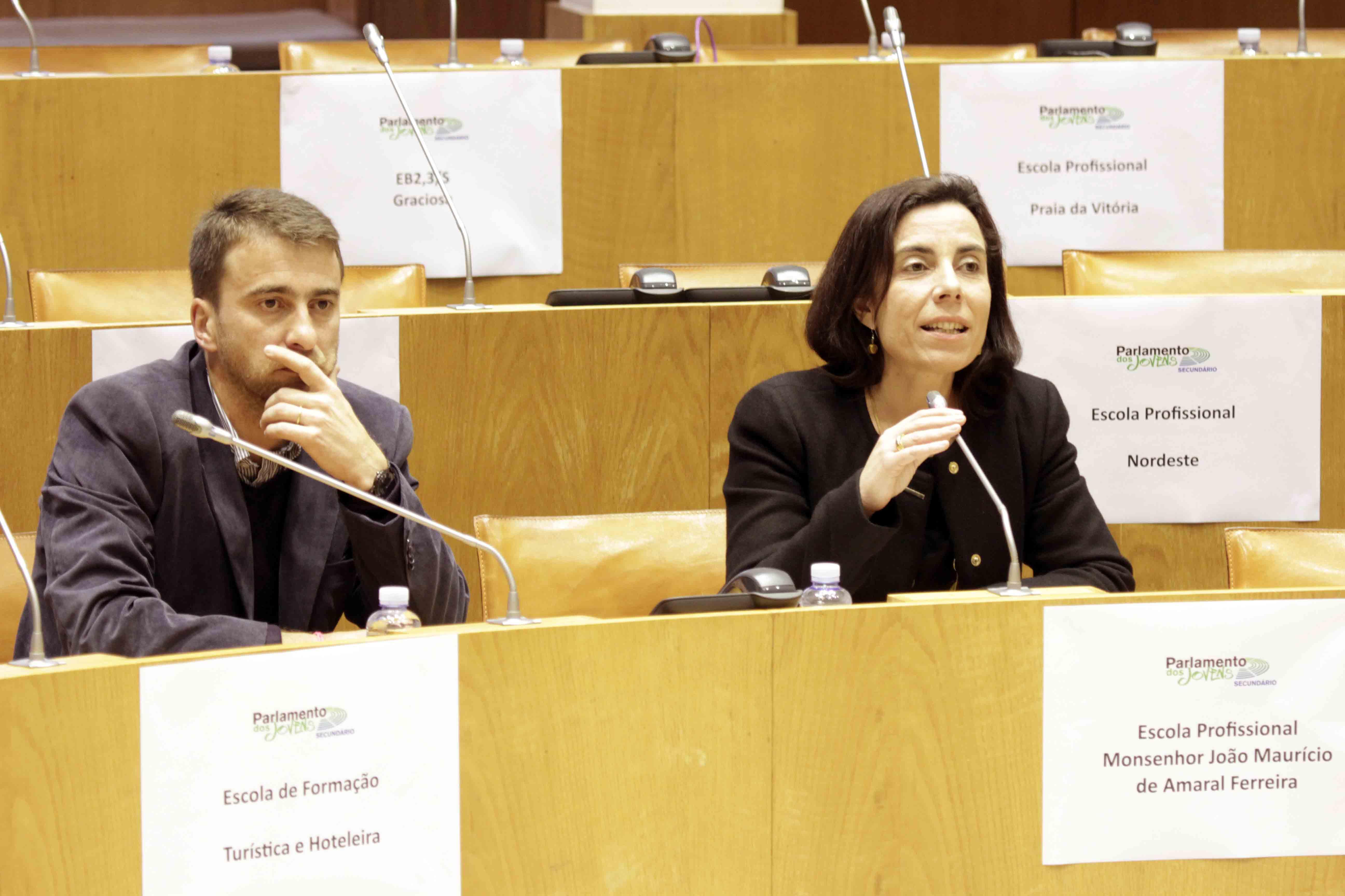 Euroscola é uma ferramenta importante para ajudar a envolver os jovens Açorianos no projeto europeu