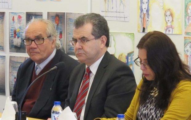 """Secretário Regional da Educação e Cultura aconselha alunos dos Açores a """"abusarem"""" dos livros e da leitura"""