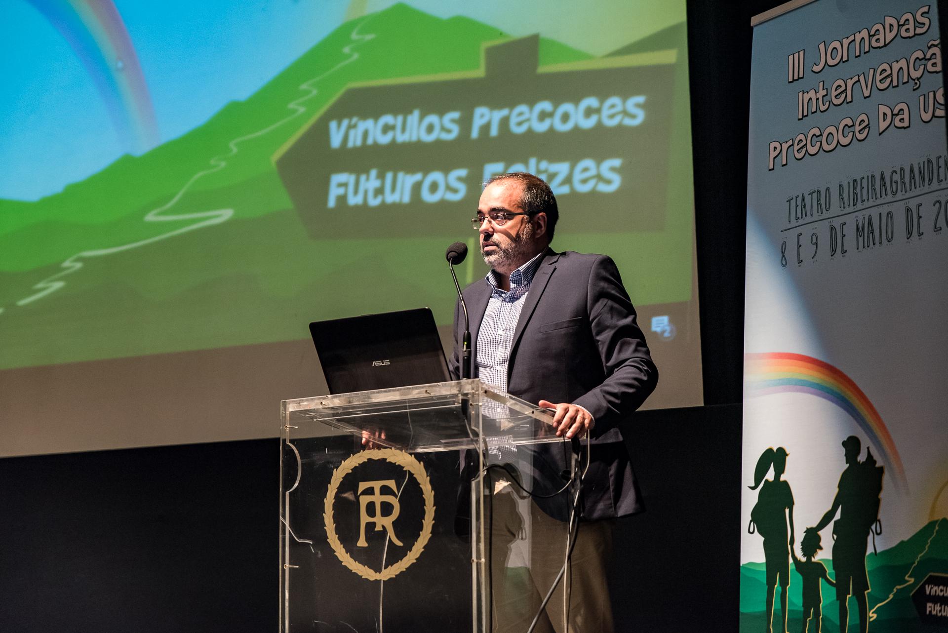 Rui Luís destaca trabalho multidisciplinar das equipas do Programa Regional de Intervenção Precoce