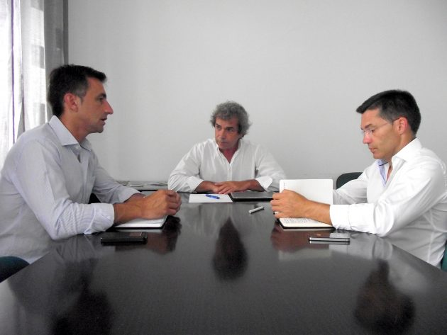 Carlos Ferreira e Luís Garcia solicitam reunião de urgência com o Presidente da SATA