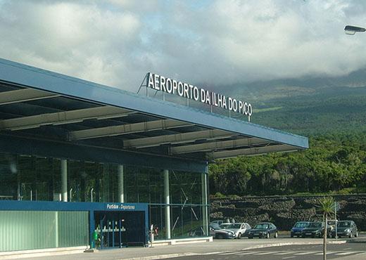 PSD/Açores quer saber quanto custou à SATA o cancelamento de voos no Pico