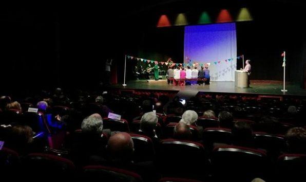 """Sarau Cultural """"Ei-migrante"""" homenageou D. José Avelino Bettencourt e todos aqueles que partiram e regressaram de e a São Jorge por vários motivos (c/áudio)"""