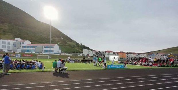 """""""A magia do Futebol está de volta"""" ao Municipal das Velas – 7º AtlânticFut Cup começou esta quinta-feira (c/áudio)"""