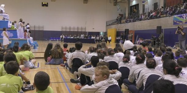 """XXX Jogos Desportivos Escolares decorrem esta semana na EBS das Velas sob o lema """"+ Desporto Escolar = + sucessso"""" (c/áudio)"""