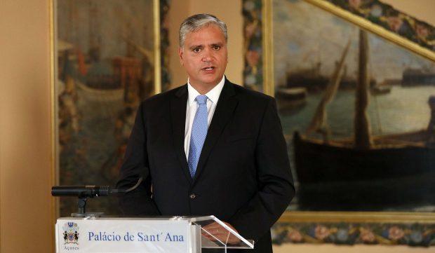 Presidente do Governo solicita ao Governo da República suspensão urgente dos voos para os Açores