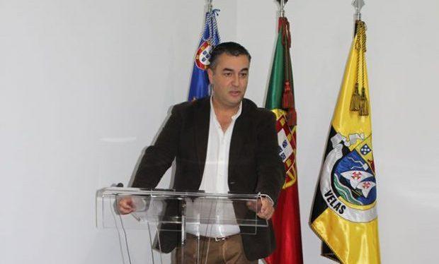Município das Velas entregou bolsas de mérito a alunos do concelho (c/áudio)